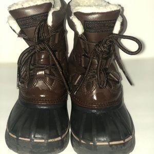 London fog snow boots
